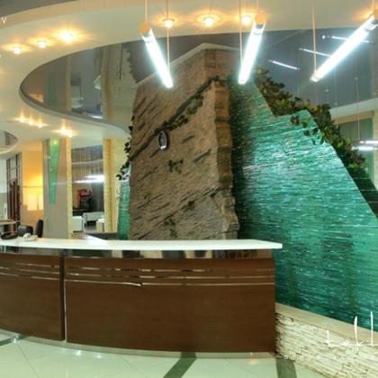 Strūklaka biznesa centrā «Nursaulet» (Astana, Kazahstana) / 2007. gads